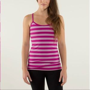 Lululemon Power Y Tank with removable cup pads